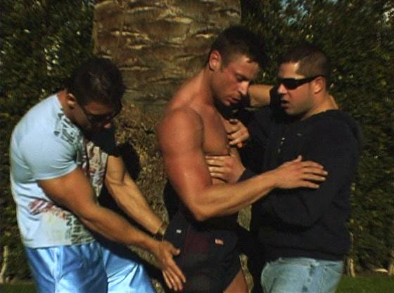 Muscled gay stud gets involved give gay threesome action