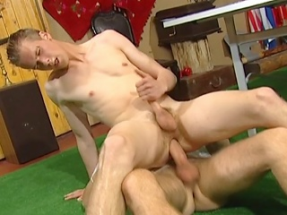 Young guy pumped in ass bareback air before getting his face...